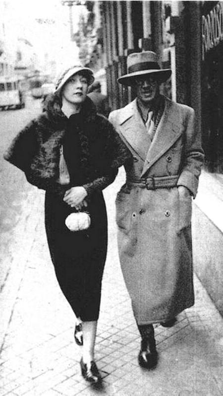 Foujita et Kiki a Montparnasse, Paris, 1926, photo Iwata Nakayama 1895-1949.