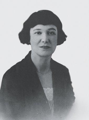Beatrice Hastings in Paris, 1918.jpg