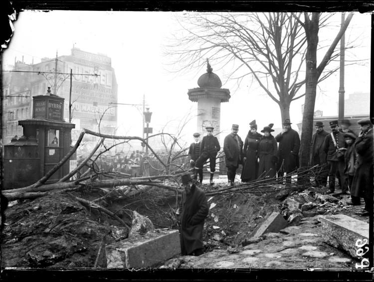 Raid d'un zeppelin sur Paris, 30 janvier 1916.jpg
