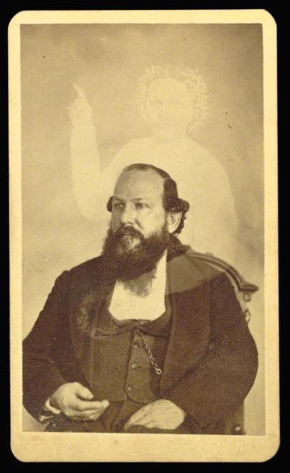 William Mumler sel portrait 1861.jpg